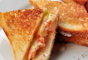 Treat Yourself With This Lobster Grilled Cheese Recipe by T-Fal